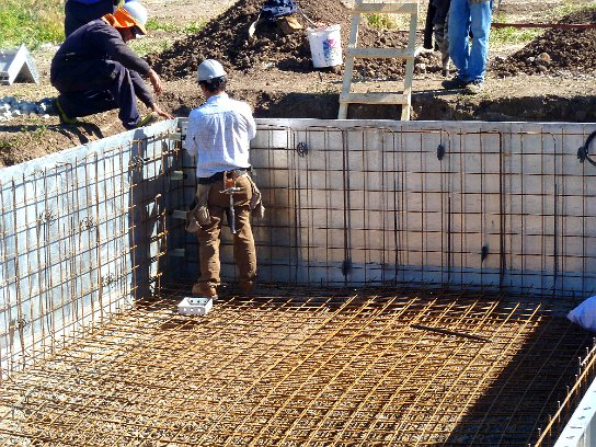 All concrete swimming pool construction process for Pool construction